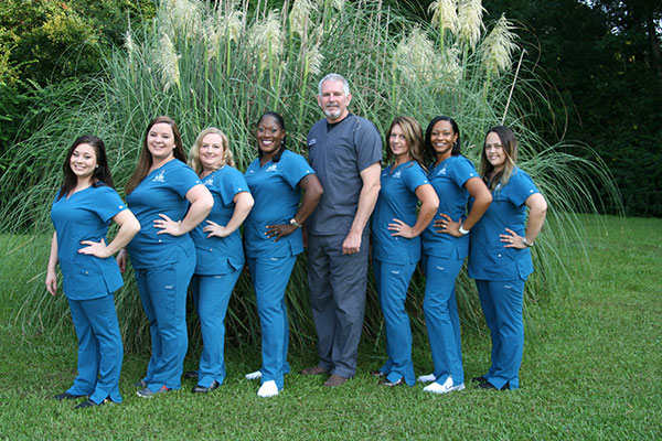 Dr. Humphrey and His Staff in Goose Creek